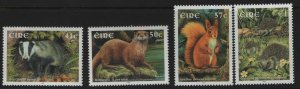 IRELAND  1399-1402  MNH   MAMMALS SET 2002