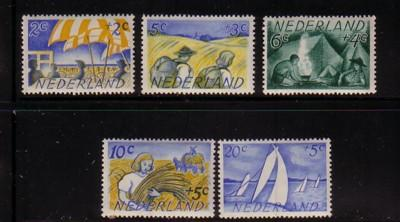 Netherlands ScB194-8 1949 Charity stamp set NH