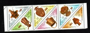 2004- Tunisia - Copper Handicrafts - Triangle - Strip of 6 stamps - MNH** rare