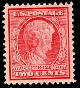 US Stamp #367 Two Cent Carmine Lincoln MINT Hinged SCV $4.50
