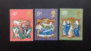 Great Britain -1970 Christmas Stamps Mint