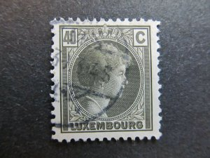 A4P26F67 Letzebuerg Luxembourg 1926-35 40c used