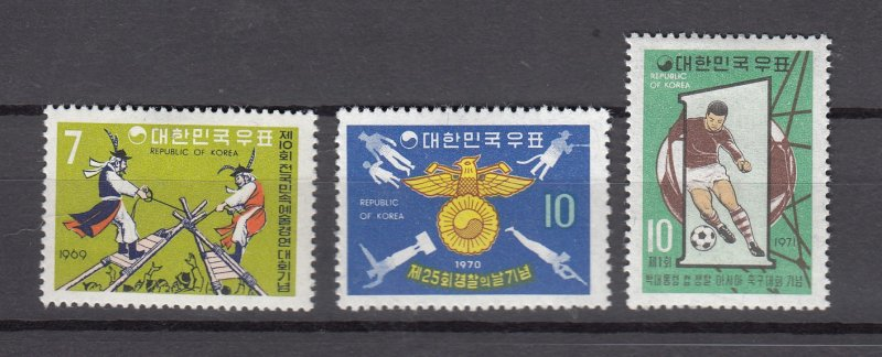 J26843 south korea sets of 1 mlh #688,733,751 sports