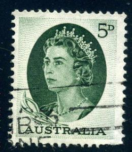Australia - Scott #365 - 5d - Queen Elizabeth II - Used