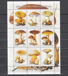 Malagasy Rep. 1999 Cinderella issue. Mushrooms sheet of 9.