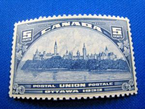 CANADA  SCOTT# 202  -  MNH
