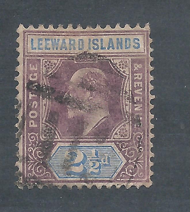 Leeward 32 U