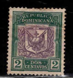 Dominican Republic Scott 126 Used coat of arms stamp Thinned