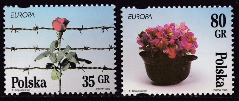 Poland 1995 EUROPA Issue  Hope Out of Despair of War  VF/NH