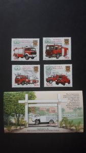 Firetrucks - Tuvalu 2001 - complete set + Bl ** MNH