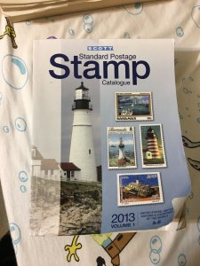 Scott Standard Postage Stamp Catalogue 2013: Volume 1,  A-B
