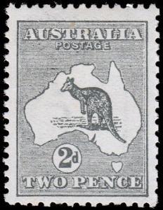 Australia Scott 3 (1913) Mint VLH VF, CV $70.00 M
