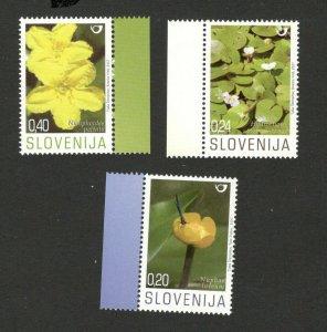 SLOVENIA - MNH SET - FLOWERS -FLORA - 2007.