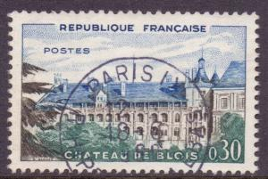 France SG1486 - YT 1255, 1960 Blois Chateau 30c used
