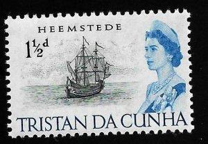 Tristan Du Cunha 1965 - MNH - Scott #73 *