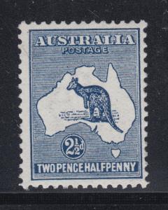 Australia Sc 4 MLH. 1913 2½p blue Kangaroo, wide Crown & wide A watermark, F-VF