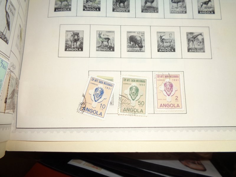ANGOLA COLLECTION ON ALBUM PAGES, BOTH MINT AN USED