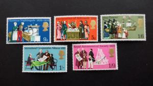 Great Britain 1970 Anniversaries Mint