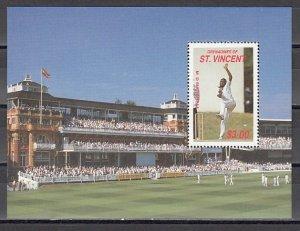 St. Vincent, Grenadines. 1988 Cinderella issue. Cricket Player s/sheet. ^