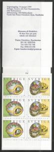 SWEDEN 2322a, MNH STAMPS, COMPLETE BOOKLET, 3 EACH #2321-2322, EASTER EGGS