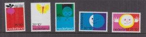 NETHERLANDS, 1971 Child Welfare, set of 5, mnh.