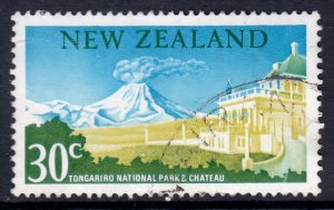 New Zealand - Scott #400 - Used - Crease - SCV $4.25
