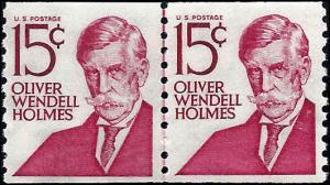 1305E Mint,OG,NH... Line Pair... SCV $1.10... Shiny gum