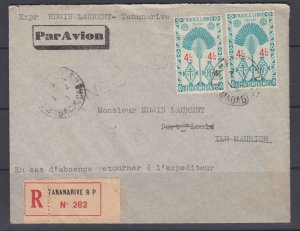 Madagascar 251 pair & 147 on registered cover to Mauritius, 1943