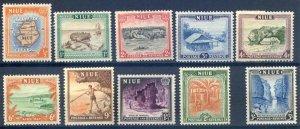 Niue SG113/122 Mounted mint
