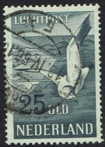 NETHERLANDS 1951 BIRD AIRMAIL 25G USED