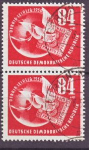 J22438 Jlstamps 1950 germay ddr pair used #b21 dove