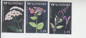 2018 Slovenia Flowers (3)  (Scott 1268-70) MNH
