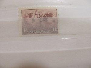 Australia Stamp C 5 mlh  1937