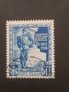 *Italy #406          Used