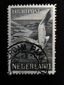 1951 Seagulls airmail, Netherlands Luchtpost 15, cat:€300 Flugpostmarke Nr.580