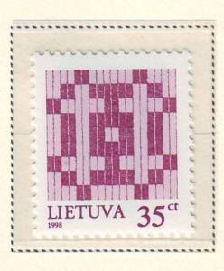 Lithuania Sc 604 1998 35c Double Barred Cross stamp mint NH