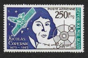 1974 Malagasy Republic 704 500 years of Nikolai Copernicus 4,50 €