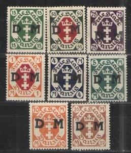 Germany - Danzig 1921-22 lot MNG VG - Officials lot