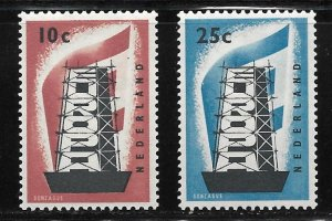 NETHERLANDS - SCOTT #368-69 - Mint Never Hinged (NH)