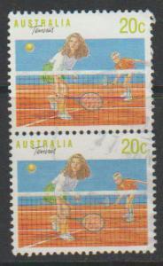 Australia SG 1176 FU  perf 13 1/2    pair - Australia Day