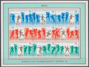Niue MNH S/S B51 World Cup Soccer Spain 1982
