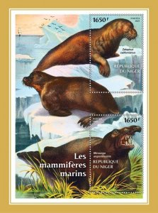 NIGER - 2021 - Marine Mammals - Perf Souv Sheet -Mint Never Hinged