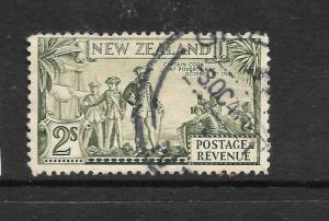 NEW ZEALAND  1935  2/-   PICTORIAL   FU  P12 1/2   CP L13e