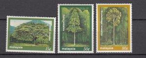 J27481 1981 malaysia set mh #230-2 trees