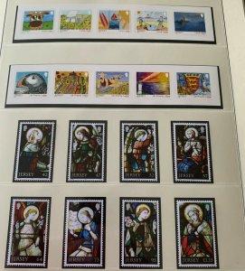 JE33) Jersey 2015 Jersey Definitives set of 10 & Christmas set of 8 MUH