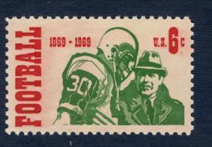 1382 Intercollegiate Football US Single Mint/nh FREE SHIPPING