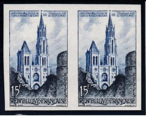 France 1958 15fr. Cathedrale de Senlis IMPERF PAIR.. XF/NH(**)