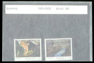 NORWAY Sc#768-769 MINT NEVER HINGED Complete Set