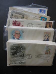 USA : 4 Complete sets Cacheted Unaddressed First Day Covers. Retail $200.00.