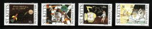 St. Kitts-Sc#469-72- id7-Unused NH set-Children's Drawings-Millennium-1999-